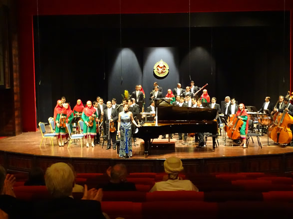 Oman Royal Symphony Orchestra Conductor Neil Thomson